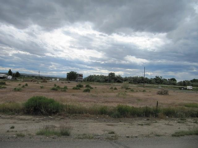 TBD N Division St Cowley, WY 82420